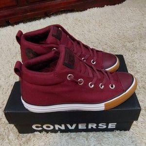 Converse Burgundy sneakers 4 juniors/6.5 woman's